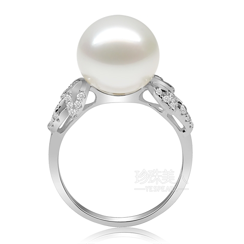 白色南洋珍珠戒指